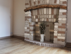 Lounge fireplace small